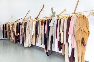 Gelatin_Boijmans_kledingrek