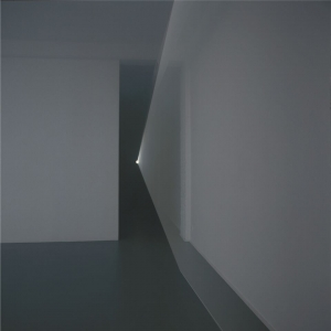 Ann Veronica Janssens, Untitled (Light Beam), 2002, courtesy de kunstenaar; foto Philippe De Gobert